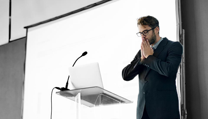 This 5-Second Trick Can Drastically Improve Your Presentation Skills